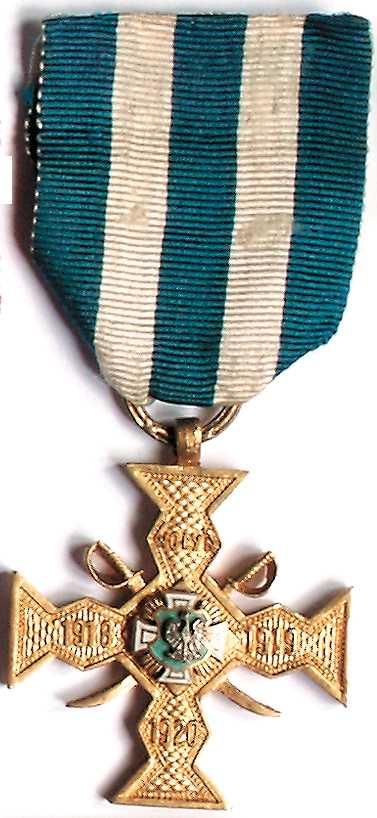 """""""Krzyż Wołynia"""" z szablami"""