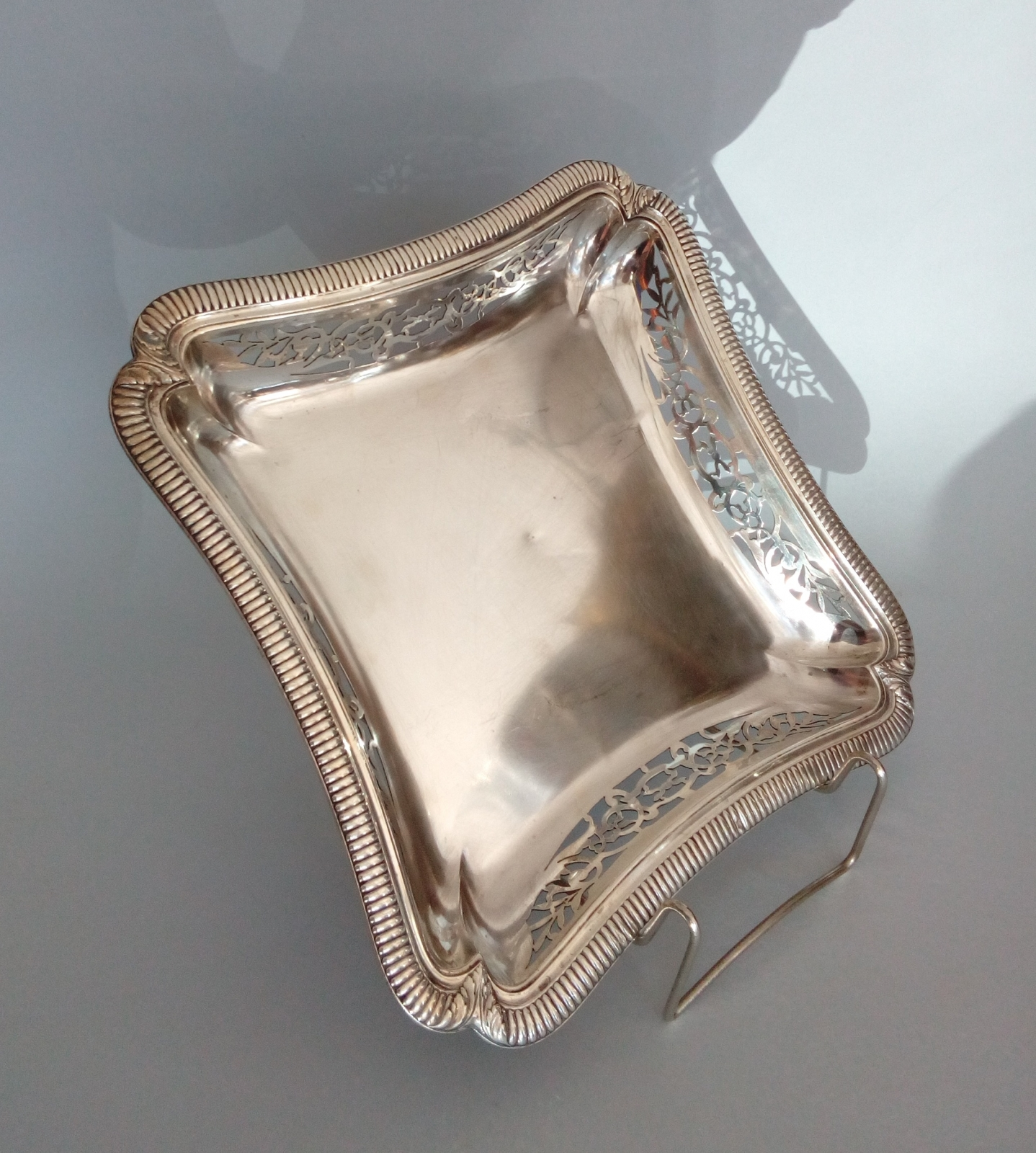Patera ażurowa ze srebra