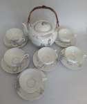 Zestaw porcelany japońskiej na 6 osób