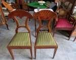 Dwa krzesła w typie Biedermeier
