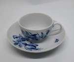 Porcelanowa filiżanka ze spodkiem Miśnia