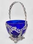 Koszyczek srebrny ze szklanym wkładem