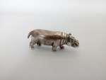 Srebrna figurka hipopotama