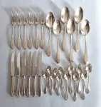 Zestaw sztućców srebrnych na 6 osób