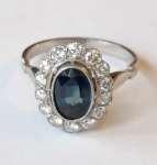 Platynowy pierścionek z naturalnym szafirem i brylantami